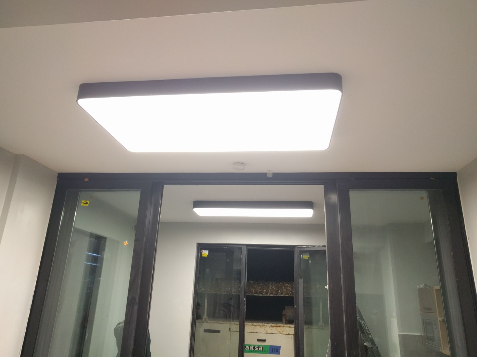 lineer sıva üstü led panel